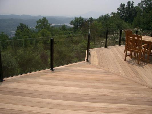 Macomb county glass deck railing